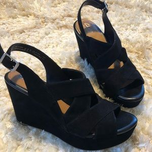 Clark's New Black wedges